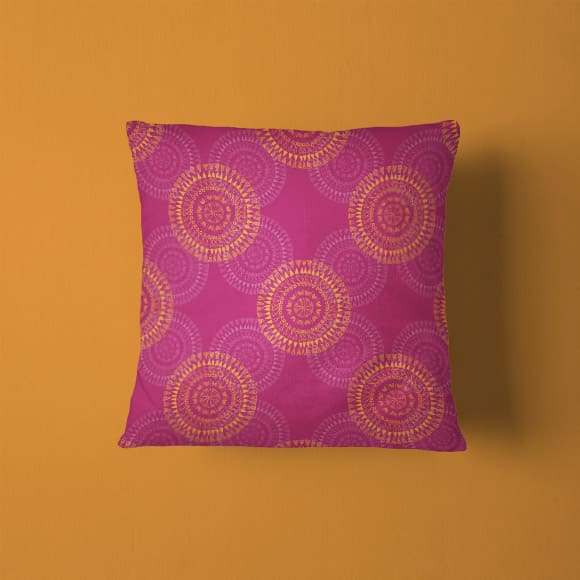 Round Ornament Tribal Pattern Pillow Cover